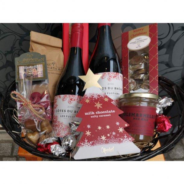 Julekurv eller Julekasse med Vin og Jule lækkerier.